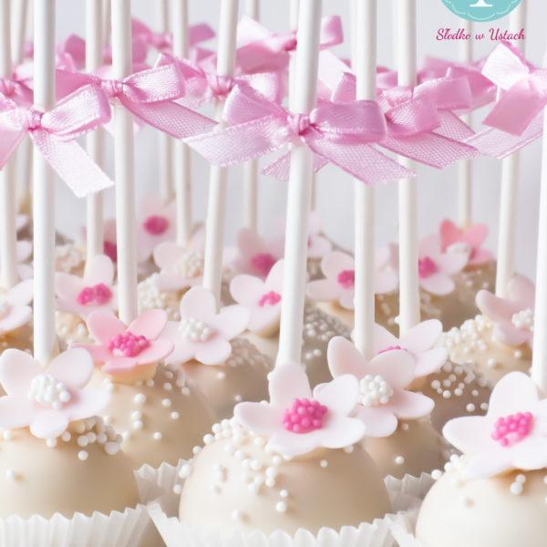 C100 - cake pop, pops, lizaki, z kwiatami, słodki stół, kącik, candy, bar , kwiaty, warszawa, z dostawą, na ślub, wesele