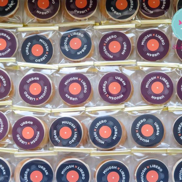 C113 - ciastka firmowe, kruche, dla firm, słodycze firmowe, reklamowe , personalizowane, vinyl