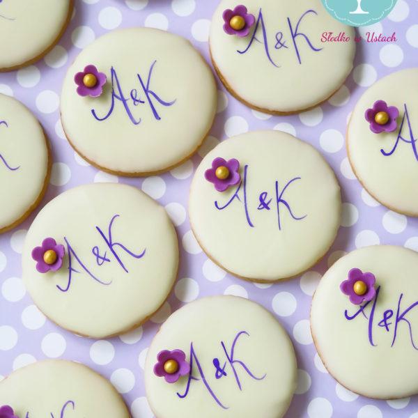 C31 - ciastka, kruche, monogram, prezenty, słodki stół, kącik, candy, bar , warszawa, z dostawą, na ślub, wesele
