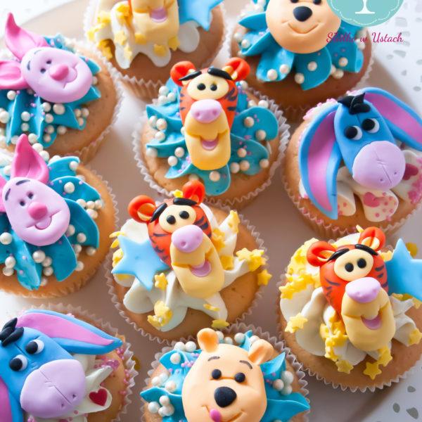C36 - cupcakes, muffiny, słodki stół, kącik, candy, bar , kubuś puchatek, warszawa, z dostawą, urodziny
