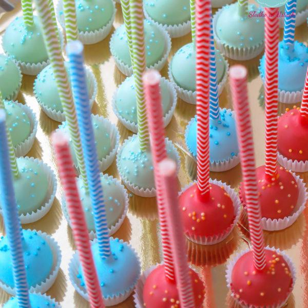 C57 - cake pop, pops, lizaki, słodki stół, kącik, candy, bar , na ślub, wesele, urodziny