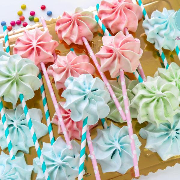 C70 - lizaki, bezy, słodki stół, kącik, candy, bar , dzień kobiet, na ślub, wesele, urodziny