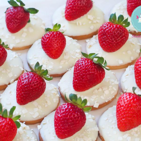 C71 - ciastko, kruche, z owocami, słodki stół, kącik, candy, bar , owoce, warszawa, z dostawą, event, urodziny