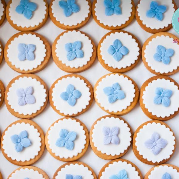 C92 - ciastka, kruche, prezenty, dzień kobiet, słodki stół, kącik, candy, bar , wesele, ślub
