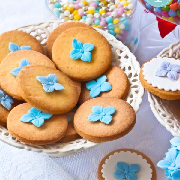 C93 - ciastka, kruche, prezenty, dzień kobiet, słodki stół, kącik, candy, bar , wesele, ślub