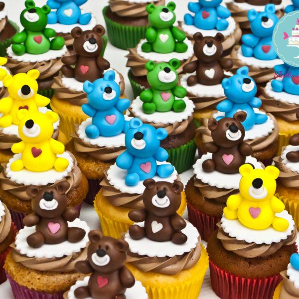 C95 - cupcakes, muffiny, słodki stół, miś, kącik, candy, bar , dzień misia