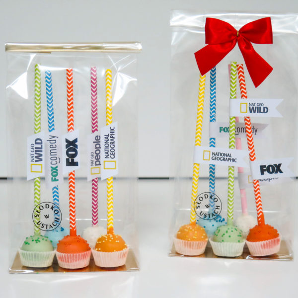 C99 - cake pops, dla firm, słodycze firmowe, reklamowe , personalizowane, fox, national geographic
