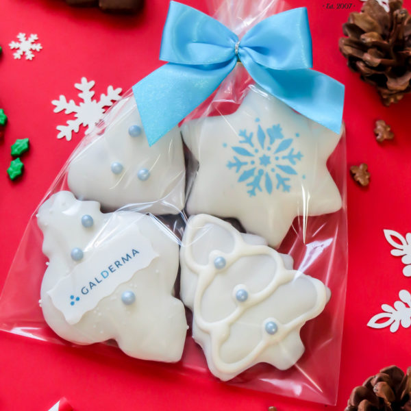 F33 - pierniki firmowe, dla firm, słodycze firmowe, reklamowe, personalizowane, galderma, słodko w ustach, warszawa, świąteczne