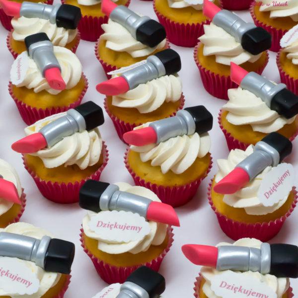 F53 - muffiny firmowe, cupcakes, babeczki firmowe, personalizowane,dla firm, słodycze firmowe, reklamowe, avon, słodko w ustach, warszawa, kobiece, dla kobiet