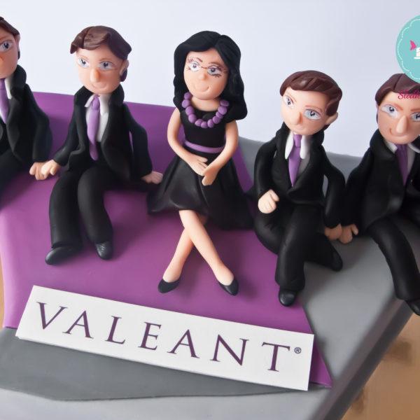 F61 - tort firmowy, dla firm, słodycze firmowe, reklamowe, personalizowane, valeant , cake, warszawa, z dostawą