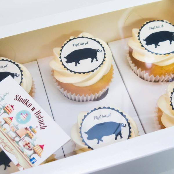F62 - muffiny firmowe, cupcakes, babeczki firmowe, dla firm, słodycze firmowe, reklamowe, personalizowane, pigout , słodko w ustach, warszawa