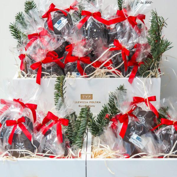 F67 - pierniki firmowe, dla firm, słodycze firmowe, reklamowe, personalizowane, tvp, słodko w ustach, z dostawą, świąteczne, prezenty,