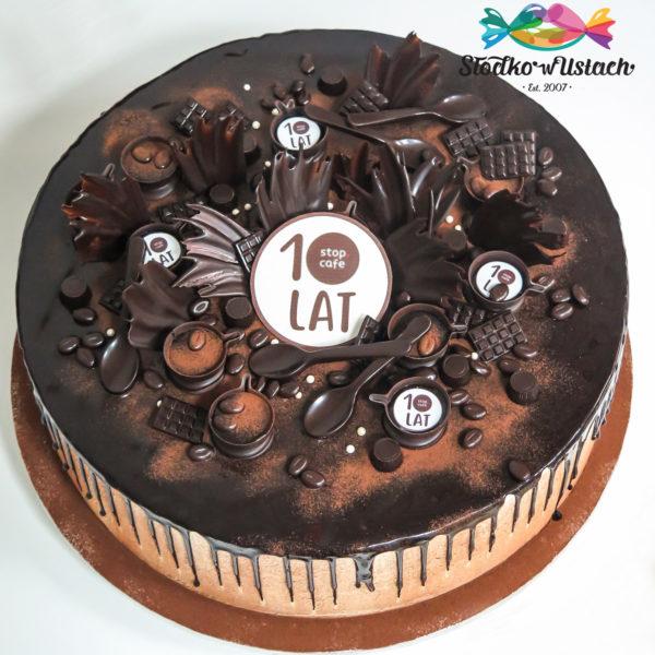 F7 - tort firmowy, dla firm, słodycze firmowe, reklamowe, personalizowane, orlen , stop cafe, 10 lat, cake, warszawa, bez masy cukrowej, drip cake, event
