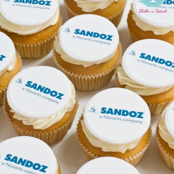 F76 - muffiny firmowe, cupcakes, babeczki firmowe, dla firm, słodycze firmowe, reklamowe, personalizowane, słodko w ustach, warszawa, sandoz