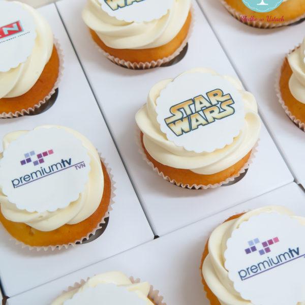 F81 - muffiny firmowe, cupcakes, babeczki firmowe, dla firm, słodycze firmowe, reklamowe, personalizowane, słodko w ustach, warszawa, tvn, premiumtv, star wars