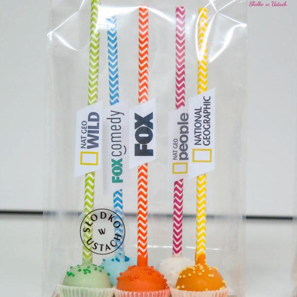 F83 - cake pops, dla firm, słodycze firmowe, reklamowe , personalizowane, słodko w ustach, fox, national geographic