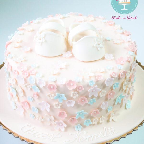 KCH23 - tort na chrzciny, chrzest, dla dziewczynki, buciki, kwiatuszki, christening, cake, warszawa