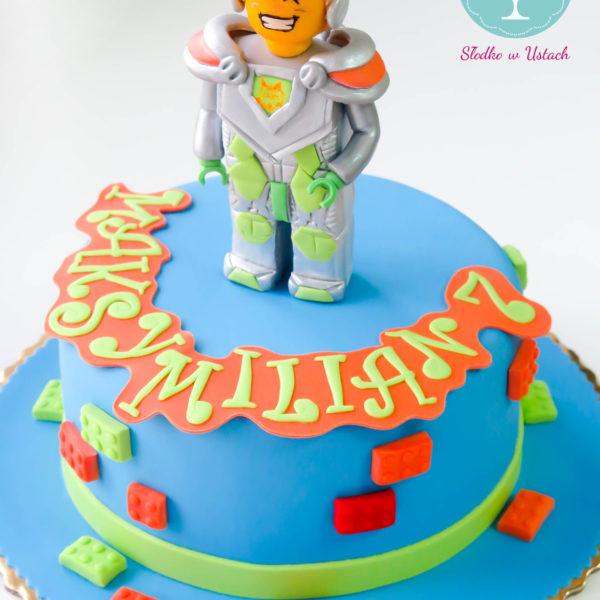 U38 - tort urodzinowy, na urodziny, dla dzieci, artystyczny, lego, knight, warszawa