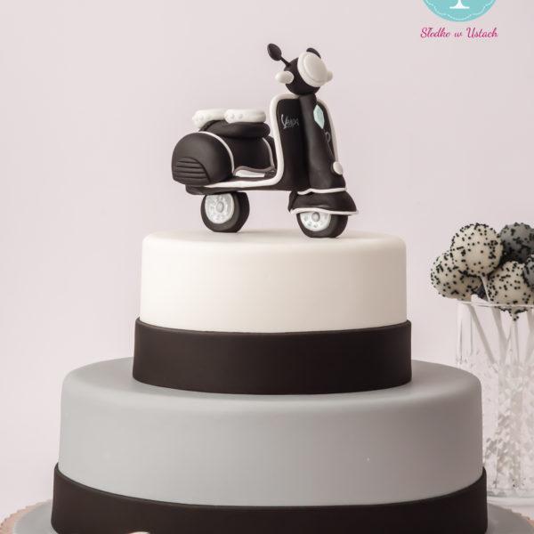 U7 - tort urodzinowy, na urodziny, artystyczny, vespa, pasja, skuter