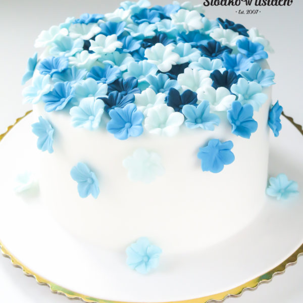 KCH45 - tort na komunię, komunijny ,chrzciny ,chrzest, z kwiatuszkami, słodko w ustach