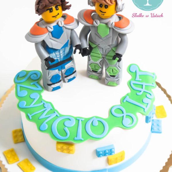 U126 - tort urodzinowy, na urodziny, dla dzieci, artystyczny, lego, knight, warszawa