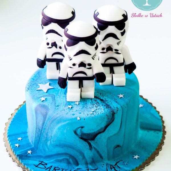 U137 - tort urodzinowy, na urodziny, dla dzieci, artystyczny, lego, star wars, gwiezdne wojny, szturmowiec, warszawa,