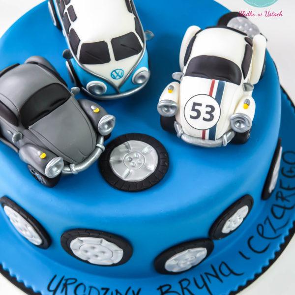 U138 - tort urodzinowy, na urodziny, dla dzieci, artystyczny, auta, vw, garbus, warszawa