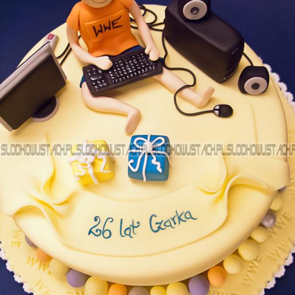 U247 - tort urodzinowy, na urodziny, artystyczny, komputer, informatyk, gracz, warszawa