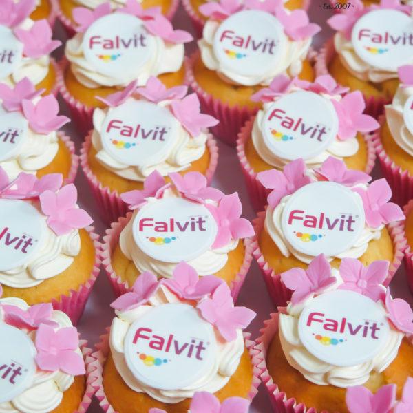 F99 - muffiny firmowe, cupcakes, babeczki firmowe, dla firm, słodycze firmowe, reklamowe, personalizowane, falvit, słodko w ustach, warszawa