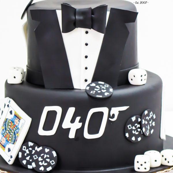 U303 - tort urodzinowy, na urodziny, artystyczny, dla faceta, męśki, frak, poker, james , karty, warszawa, konstancin jeziorna