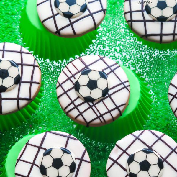 C142 - ciastka, kruche, event, prezenty, słodki stół, kącik, candy, bar , z dostawą, piłkarskie, piłka nożna