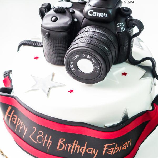 U335 - tort urodzinowy, na urodziny, aparat fotograficzny, canon, artystyczny, hobby, pasja ,fotografia, warszawa