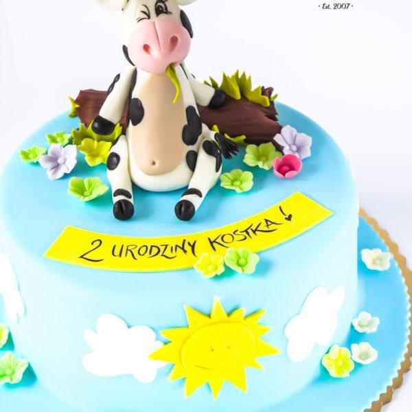 U341 - tort urodzinowy, na urodziny, dla dzieci, artystyczny, krówka