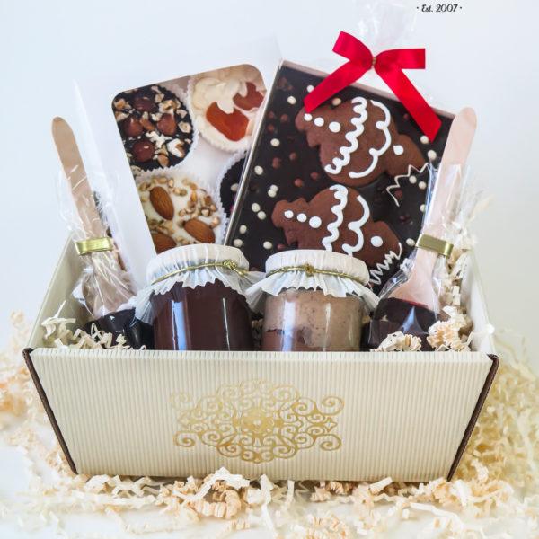 SW67 - pierniki firmowe, kosze, prezentowe, dla firm, pracowników, słodycze firmowe, reklamowe, personalizowane, warszawa, świąteczne, prezenty, z dostawą