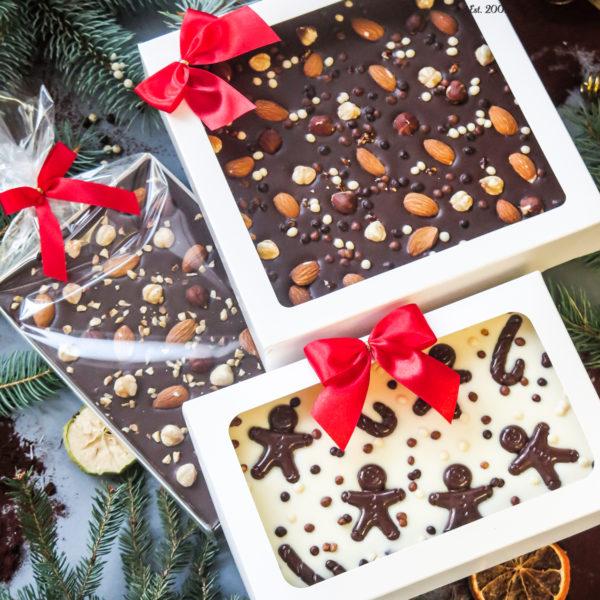 SW76 - czekolada ręcznie wylewana , dla firm, z orzechami, czekoldowymi figurkami, słodycze firmowe, reklamowe , personalizowane, słodko w ustach, świąteczne, prezenty