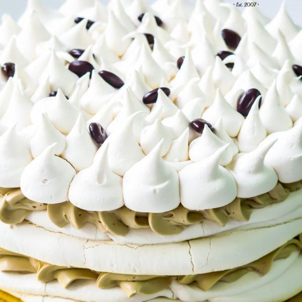 C144 - tort , bezowy, słodki stół, candy bar , warszawa, z dostawą,
