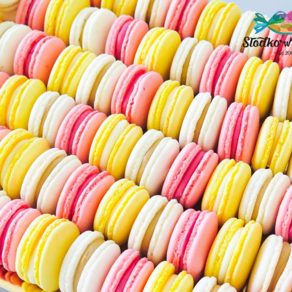 C153 - makaroniki, prezenty, słodki stół, kącik, candy, bar , warszawa, z dostawą, na ślub, wesele, event