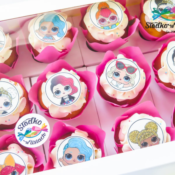 C161 - cupcakes, muffiny, lol, lol surprise, słodki stół, kącik, candy, bar , urodziny,