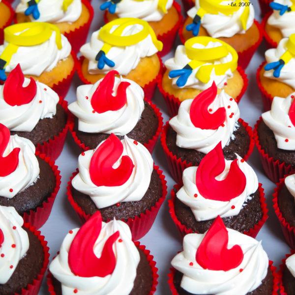 C165 - cupcakes, muffiny, straż pożarna, strażak sam, słodki stół, kącik, candy, bar , urodziny,