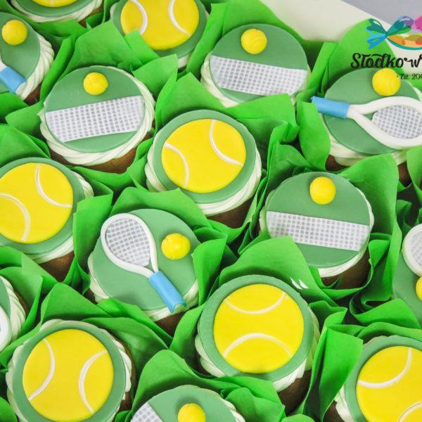 C168 - cupcakes, muffiny, tenis, słodki stół, kącik, candy, bar , urodziny,