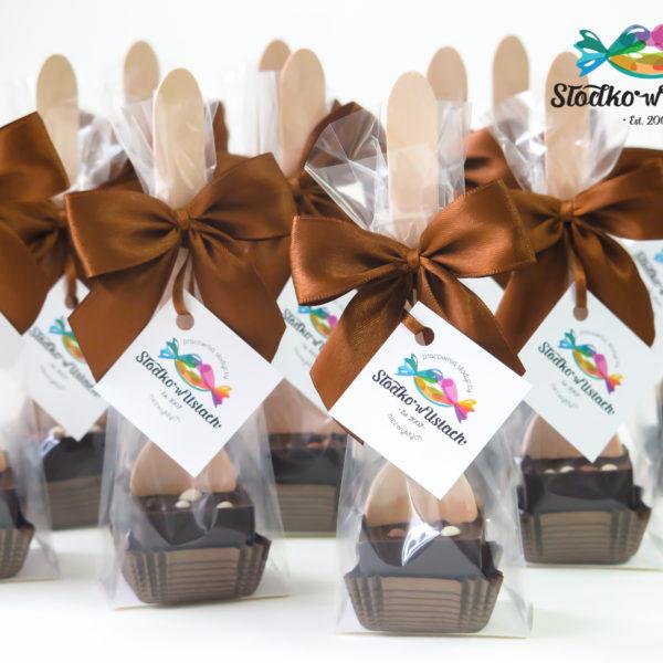 F143 - czekoladowe łyżeczki, do mleka, łyżeczki z czekoladą, dla firm, słodycze firmowe, reklamowe, personalizowane, z logo, warszawa, świąteczne, prezenty, z dostawą, event