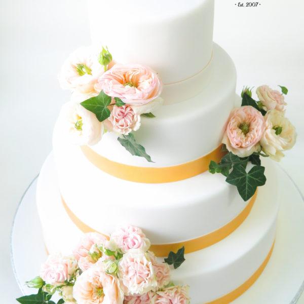S72 - tort na ślub, wesele, ślubny, weselny, artystyczny, elegancki, piętrowy , z kwiatami, warszawa, z dostawą,