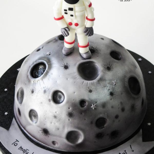U440 - tort urodzinowy, na urodziny, dla dzieci, artystyczny, księżyc, lądowanie na księżycu, kosmonauta, warszawa, z dostawą,