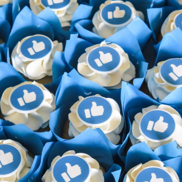 F164 - muffiny firmowe, cupcakes, babeczki firmowe, dla firm, słodycze firmowe, reklamowe, personalizowane, z logo, warszawa, z dostawą