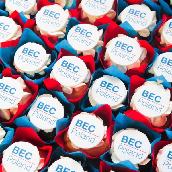 F169 - muffiny firmowe, bec, cupcakes, babeczki firmowe, dla firm, słodycze firmowe, reklamowe, personalizowane, z logo, warszawa, z dostawą