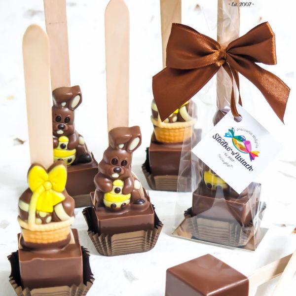 F173 - czekoladowe łyżeczki, do mleka, łyżeczki z czekoladą, dla firm, słodycze firmowe, reklamowe, personalizowane, z logo, warszawa, świąteczne, prezenty, z dostawą, event, wielkanoc