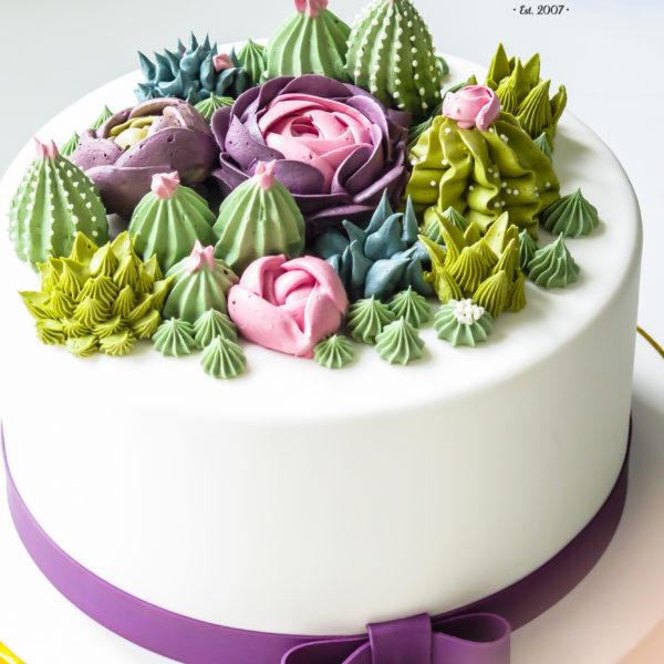 U512 - tort urodzinowy, na urodziny, artystyczny, z kwiatami, kwiaty, sukulenty, kobiecy, tort z dostawą, transportem warszawa, piaseczno, konstancin jeziorna, góra kalwaria, polska