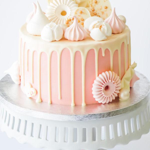 LM78 - tort urodzinowy, na urodziny, kobiecy, drip, w kremie, dla dziewczynki, last minute, z bezami, na ostatnią chwilę, bez masy cukrowej, tort z dostawą, transportem, warszawa, piaseczno, konstancin jeziorna, góra kalwaria, wilanów