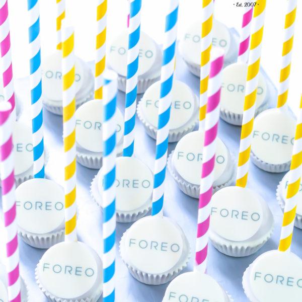 F191 - cake pops, dla firm, słodycze firmowe, reklamowe , personalizowane, słodko w ustach, foreo, z dostawą, warszawa, polska