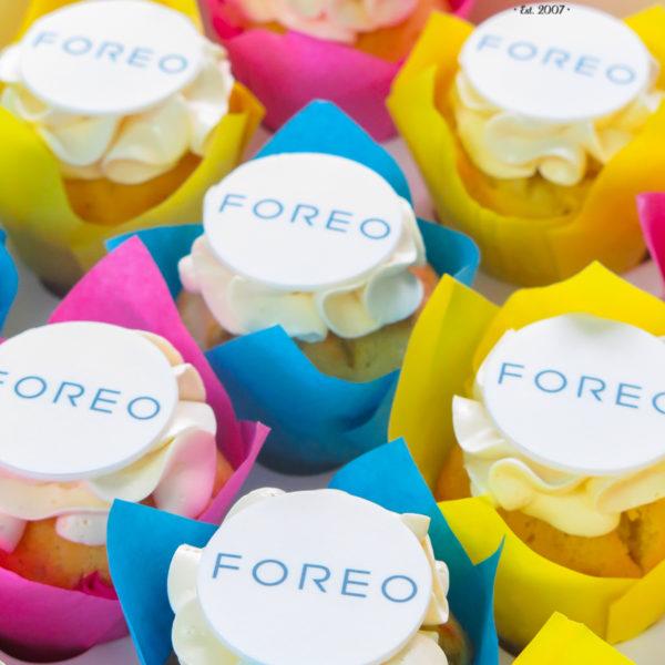 F197 - muffiny firmowe, foreo, cupcakes, babeczki firmowe, dla firm, słodycze firmowe, reklamowe, personalizowane, z logo, warszawa, z dostawą, polska